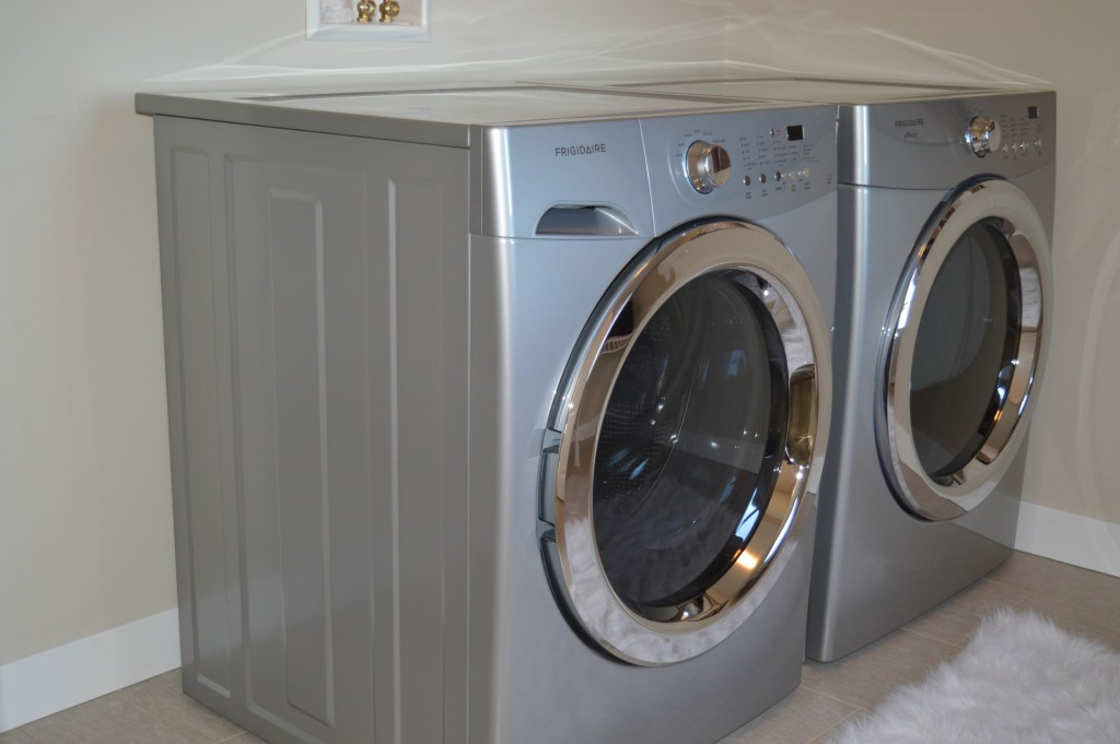 Make sure all appliances, including washers, freezers, and refrigerators, are completely dry before placing in storage.